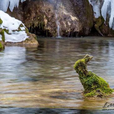 Cascades gelées dans le Jura